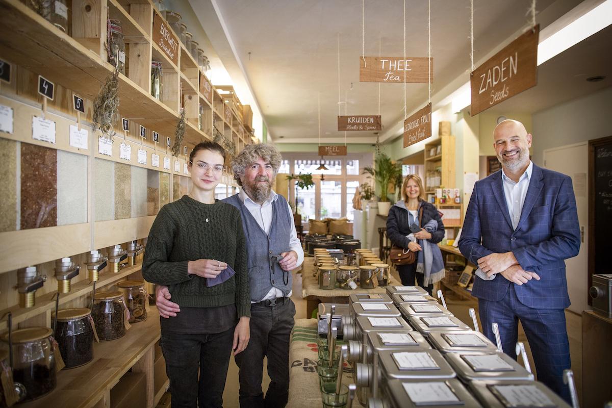 Deputy mayor visits Little Plant Pantry in Amsterdam