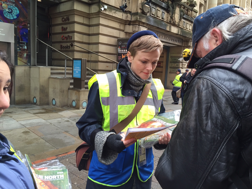 INSP Vendor Week_Maxine Peake sells Big Issue North in Manchester