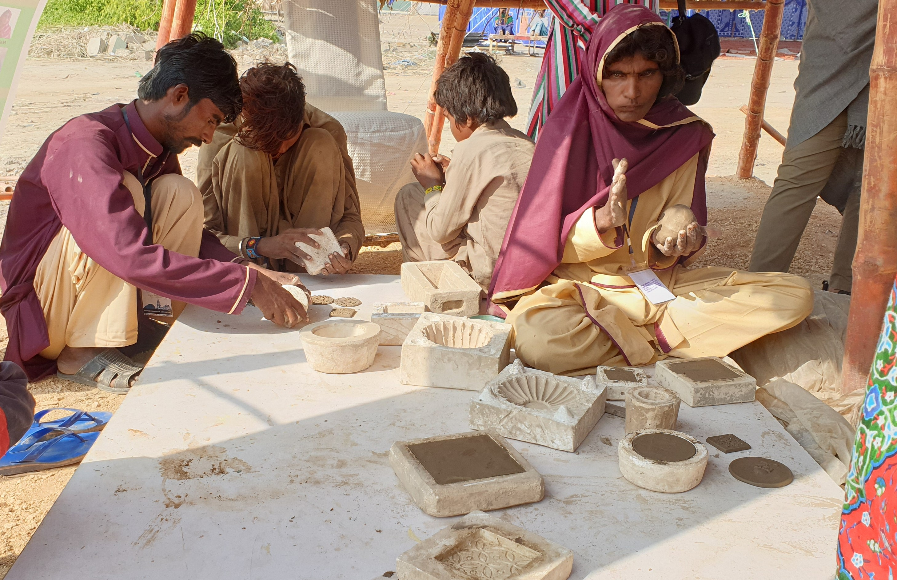 Makli villagers make clay products