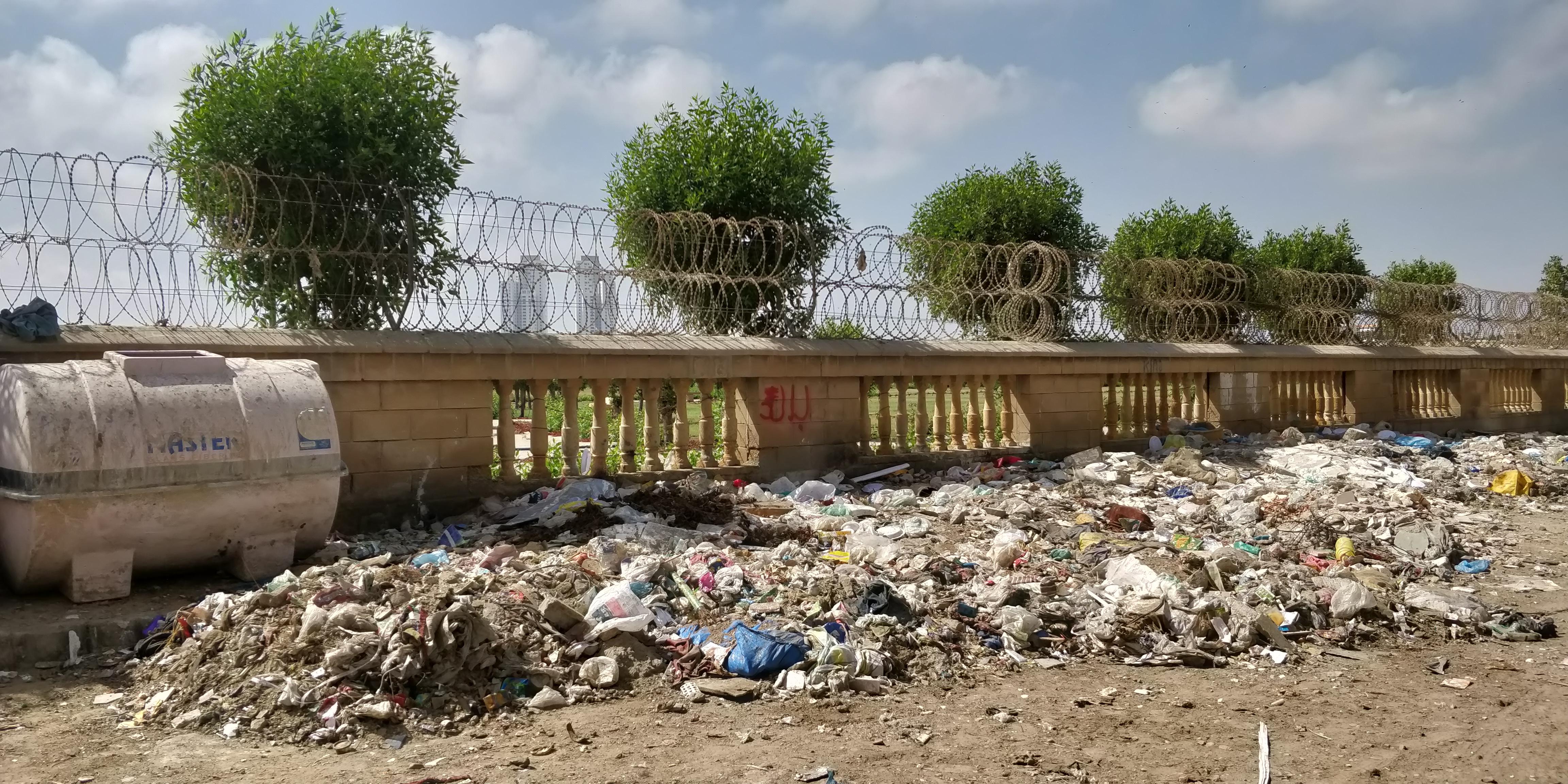 Street rubbish in Pakistan