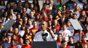 Obama in front of an audience of 37,500