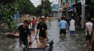 Flood damage in Manila, Philippines 2012. Photo: AusAID