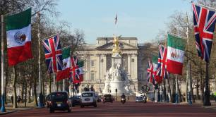 Buckingham Palace_London_royalty