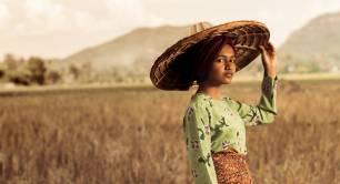 IIX women bond woman - stock - Indonesia