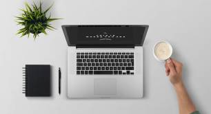 Office_desk_macbook_coffee_work_professional