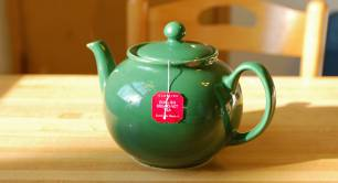 Teapot_English_interview_breakfast tea