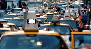 Traffic jam_taxis_cars_New York